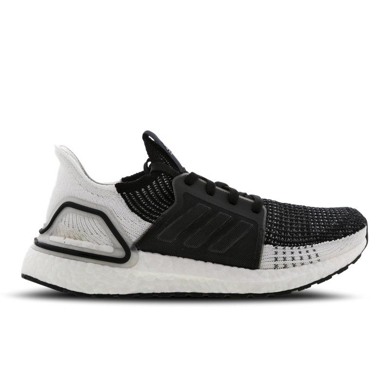 Adidas Ultra Boost damessneaker zwart