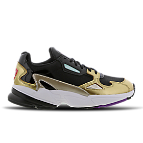online retailer 4f31c dd5d7 ... Chaussures de sport pour hommes  Air Force 1 Utility High - Women   Release Calendar ...