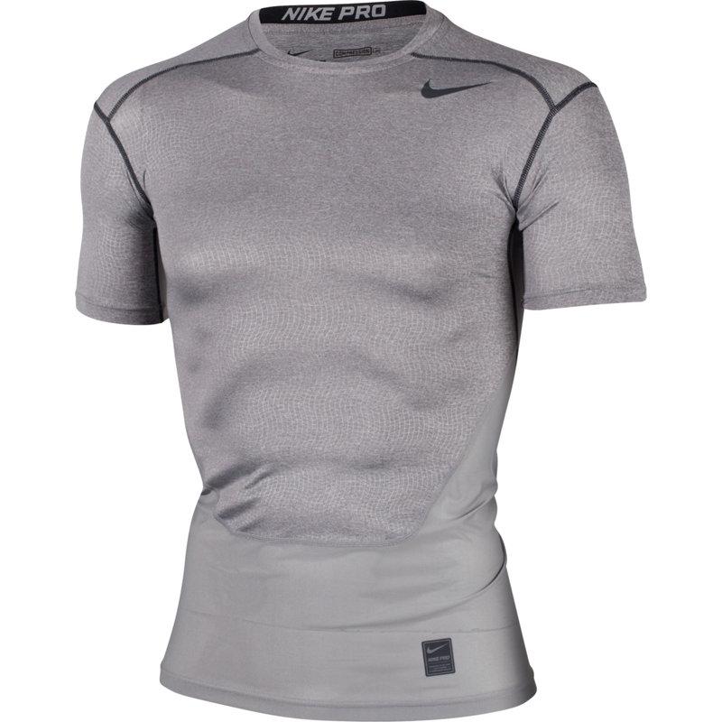 Nike PRO HYPERCOOL COMPRESSION SHORT SLEEVE TOP - Herren