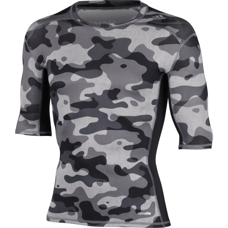 adidas TECHFIT BASE TEE - Herren Sport Shirts & Tops